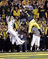 *Braylon Edwards makes a catch against Michigan State in 2004, photo by the Detroit News
