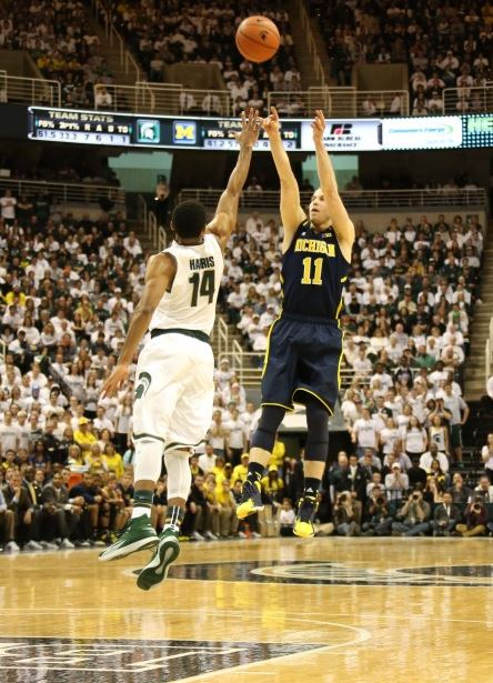Nik Stauskas made 5-of-6 three-pointers en route to a 19-point performance (Dustin Johnson, UMHoops)