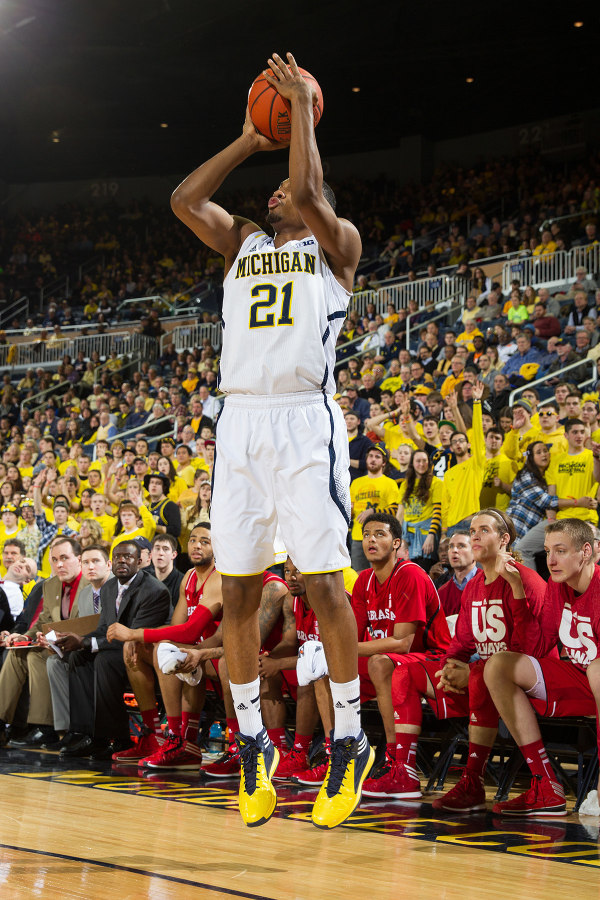 Zak Irvin caught fire in the first half, knocking down four threes (MGoBlue.com)